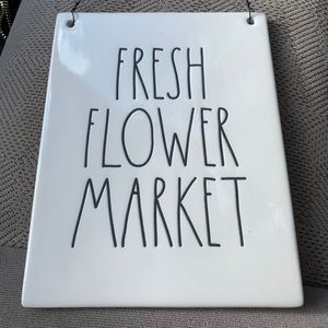 Rae Dunn fresh flower market hanging plaque